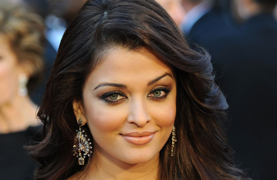 Why Aishwarya Rai turned down �Happy New Year�?