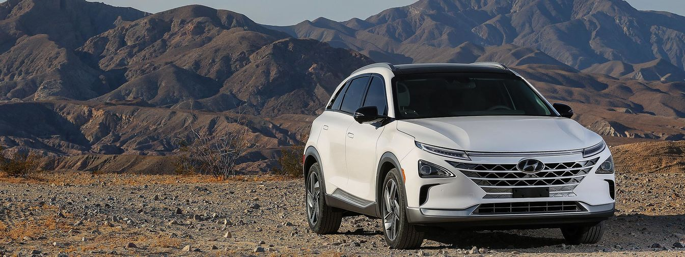 Hyundai\'s All-New NEXO wins Reviewed.com Editor\'s Choice Award.