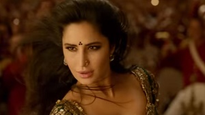 Katrina Kaif's flamboyant dance moves will take your breath away - Suraiyya song teaser out