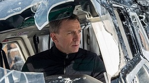 \'James Bond\' filming cancelled after Daniel Craig\'s injury