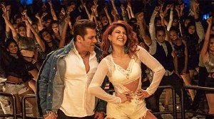 Salman Khan\'s Race 3 sets opening days Box Office record in Pakistan