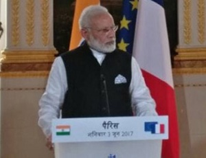 Climate change, terrorism biggest threats to humanity: PM Modi at Elysee Palace in Paris