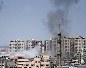 Israel strikes Gaza after heaviest mortar barrage in years