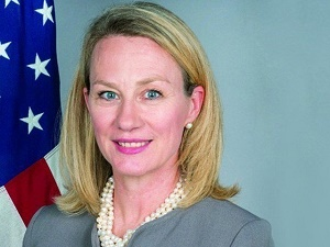 Top US diplomat to visit Islamabad tomorrow to bolster bilateral ties
