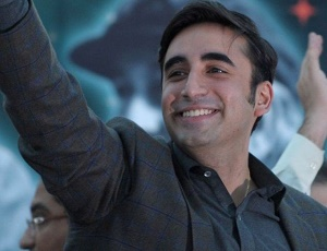 Imran Khan's 'tabdeeli' is limited to social media, says Bilawal