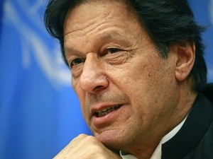 PM faces resistance in PTI over Nawaz's exit