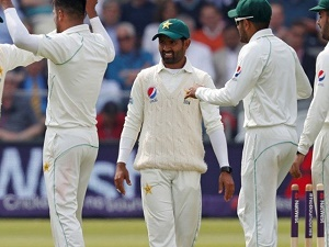 ICC tells Pakistan to ditch 'smart watches'