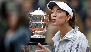 Garbine Muguruza defends Monterrey crown as Victoria Azarenka retires hurt