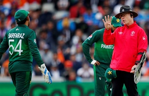 Pakistan set 'unwanted' World Cup record