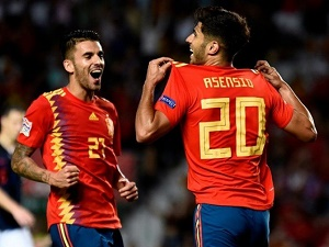 Spain thrash Croatia 6-0