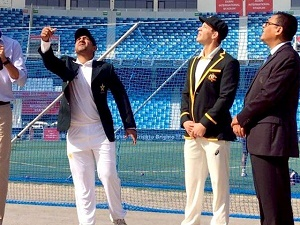 Pakistan win toss, elect to bat first against Australia