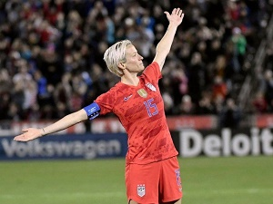 Fearless Rapinoe leads US on and off the field