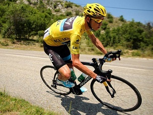 Chris Froome targets fifth Tour title following crash