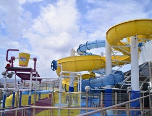Makeover brings splashy new water park to Carnival ship
