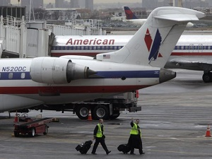 Dead fetus found inside American Airlines plane at LaGuardia Airport, investigation ongoing