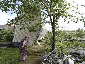 Tornadoes cut swath of death, destruction through South, march East Sunday