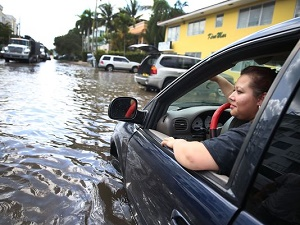 'Clear-sky' flooding worsens across U.S. as sea levels rise, report says
