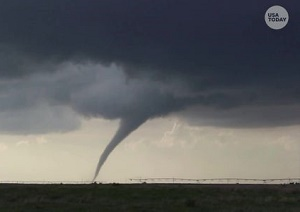At least 2M people in the path of \'potentially violent\' tornadoes