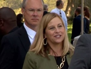 Nashville mayor resigns and pleads guilty to felony theft.
