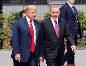 Trump doubles metal tariffs on Turkey as lira falls by 20%